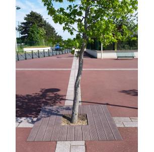 Grille d`arbre plastique recyclé 2400
